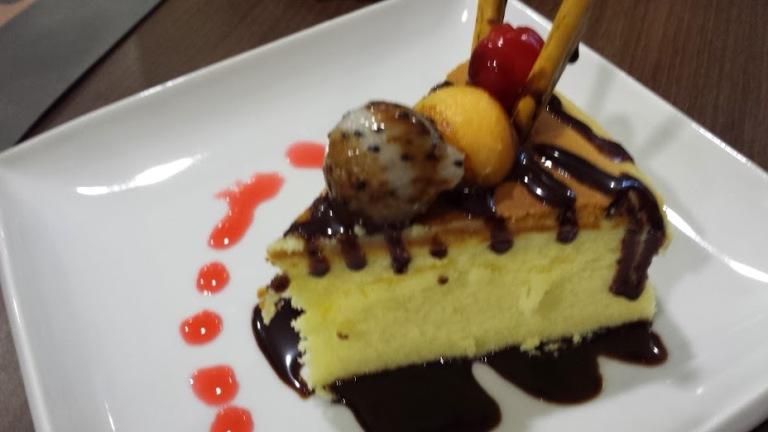 Baked cheesecake - I am biased, I like mine more :P