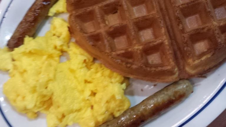 Yummy eggs, so-so waffles