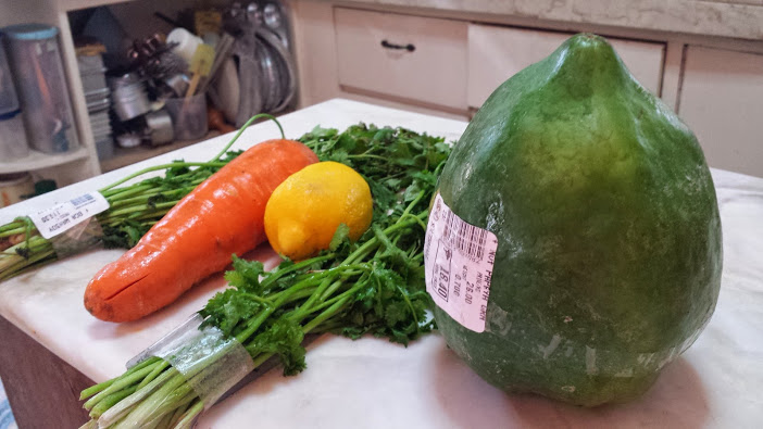 Papaya, with other veggies :)