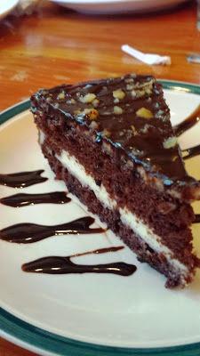 Cake with cream cheese center